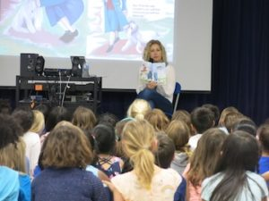 Kids learn about Jefferson with a school reading